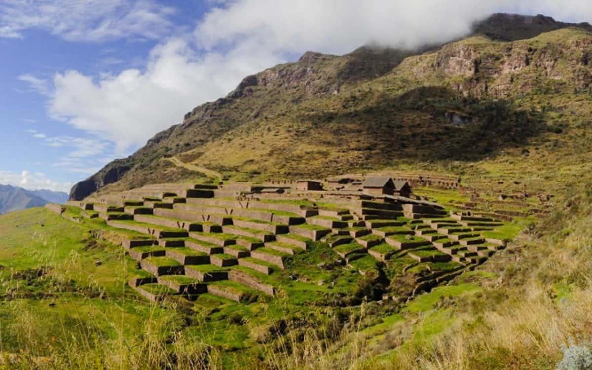 The ruins of Huchuy Qosco